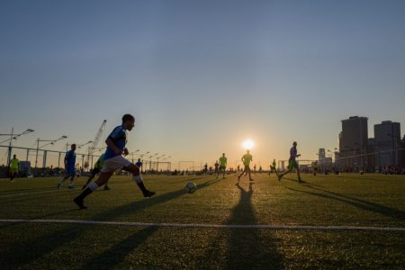 new-york-football2-brooklyn-heights--building-leica-q-ashley-laurence-time-for-heroes-photography
