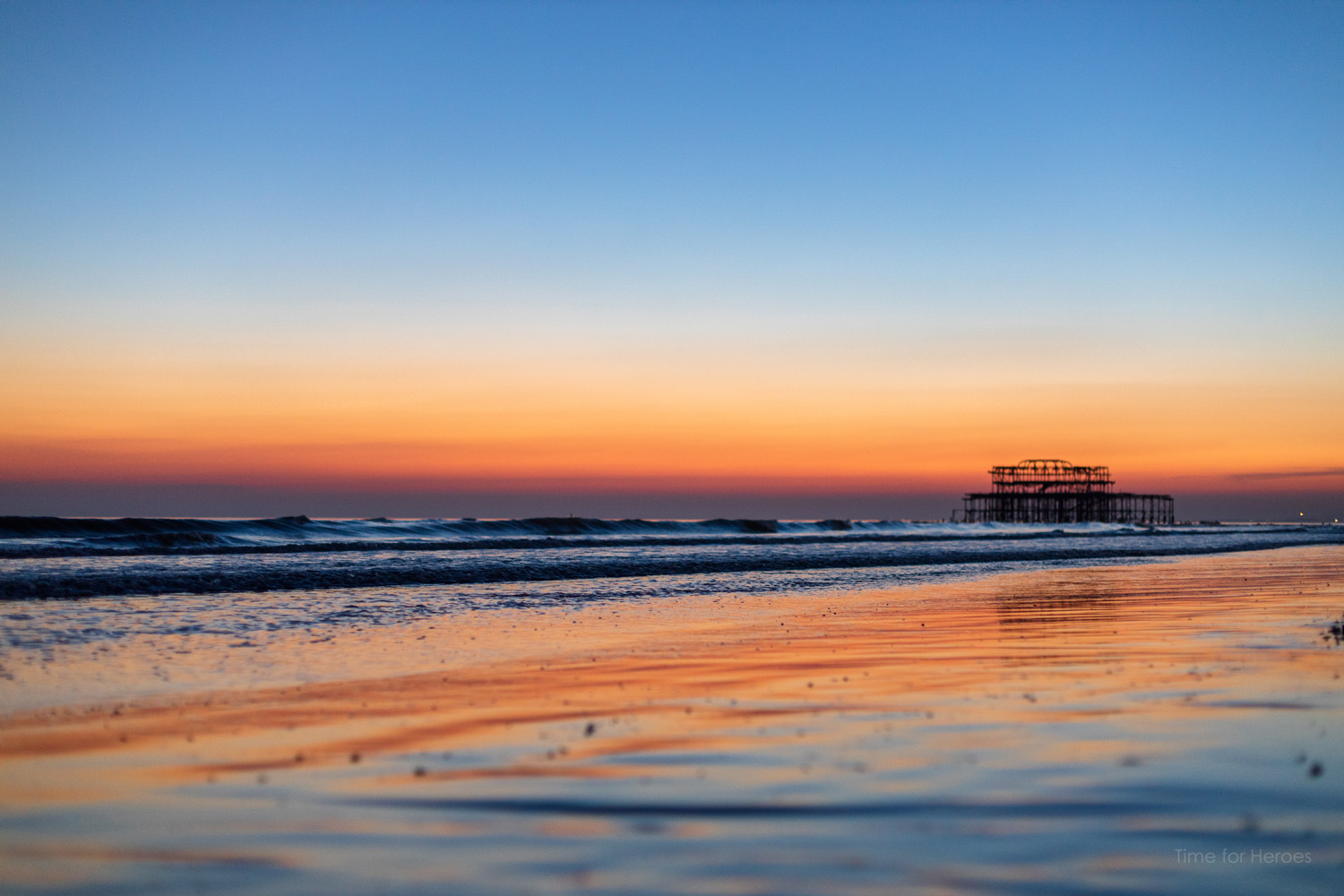 Seafront sunset - Brighton - Ashley Laurence - Time for Heroes Photography